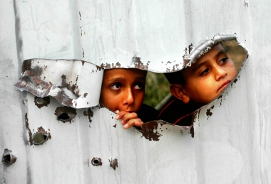 Palestinian kids are seenRafahToday